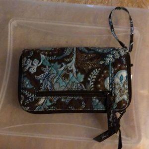 Women's vera bradley wallet.
